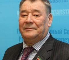 Вагиз Мингазов остается в Совете федерации