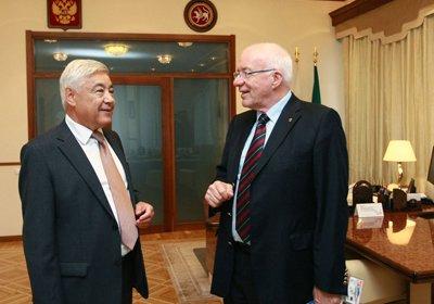 Госсовет Татарстана посетил председатель КМРВСЕ