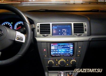 Полиция Казани обнаружила украденные из автомобилей вещи